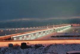 Самый длинный в мире автомобильный мост за Полярным кругом отреставрируют летом